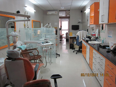 Dentist in vijay nagar, Root Canal Treatment in vijay nagar, Aesthetic Dentistry in vijay nagar, Tooth Crown in vijay nagar, Bridges for tooth in vijay nagar, Tooth Jewelry, Ultras-conic Scaling of tooth in vijay nagar, Tooth Color Filling in in vijay nagar, Orthodontists in vijay nagar, Vijay Nagar, North Delhi, Delhi, India.